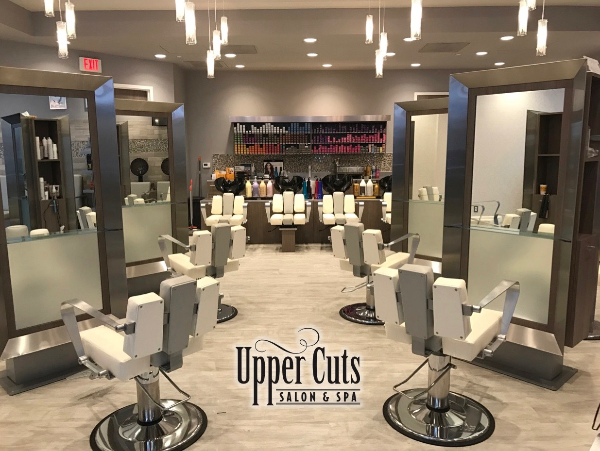 Upper Cuts Salon & Spa logo